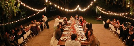 cropped-flores-outdoor-dinner.jpg